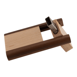 Gate usb stick wood 3